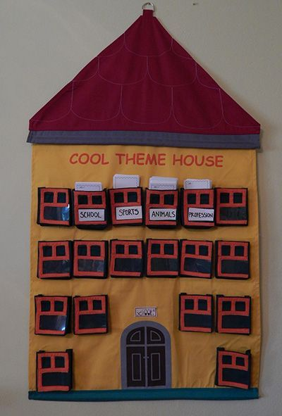 Cool Theme House - The combination of the cards and the houses – a picture dictionary for young children and a library